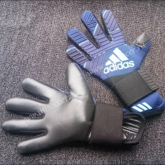 2019 New Soccer Goalkeeper Gloves Finger Protection Professional Men Football Gloves With Blue Color