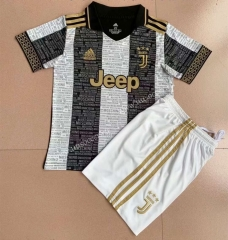 Signed jointly 2021-22 Juventus Black & White Youth/Kids   Soccer Uniform-AY